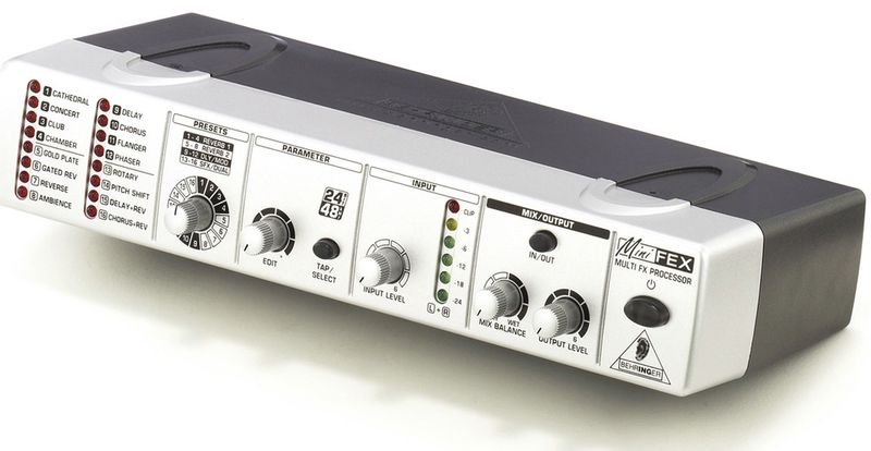 Behringer FEX800 Minifex