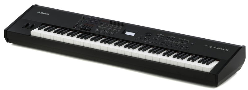 Yamaha S 90 XS