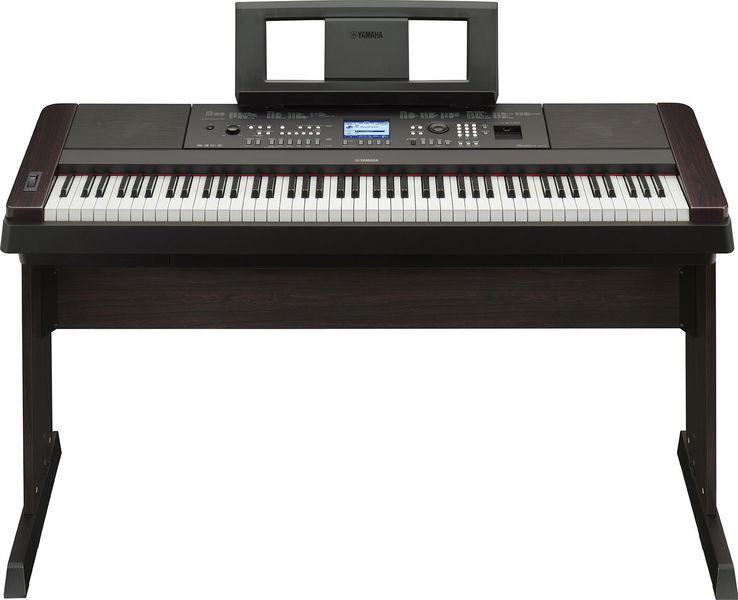 Yamaha DGX-650 B
