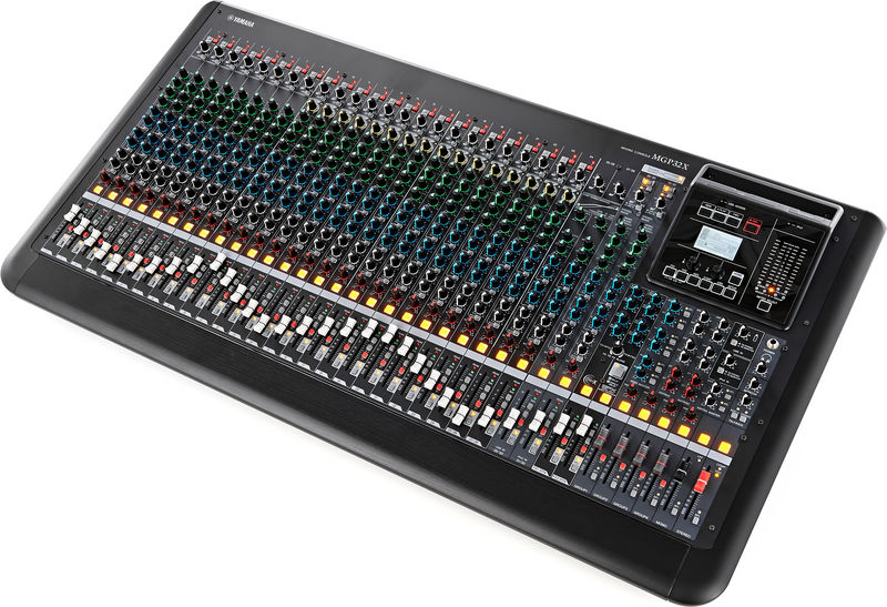 table de mixage yamaha 32 pistes