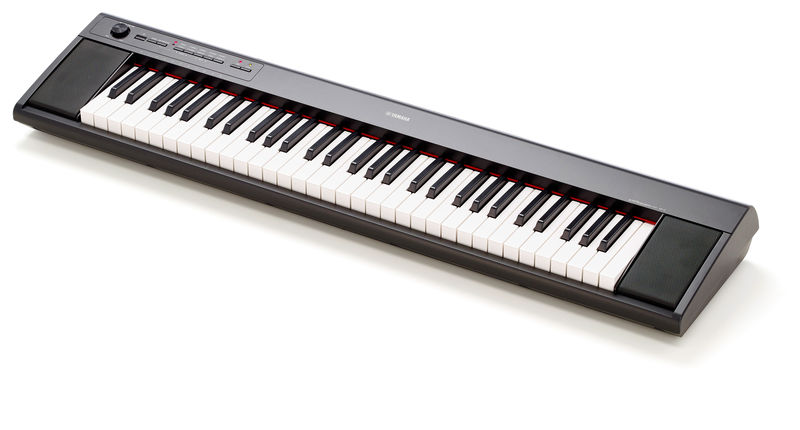 Yamaha NP-12 Piaggero Black