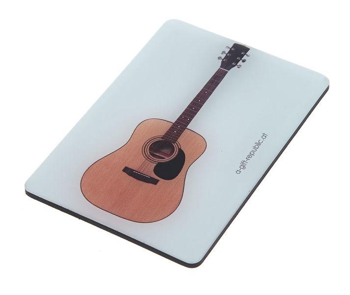 A-Gift-Republic Magnet Western Guitar