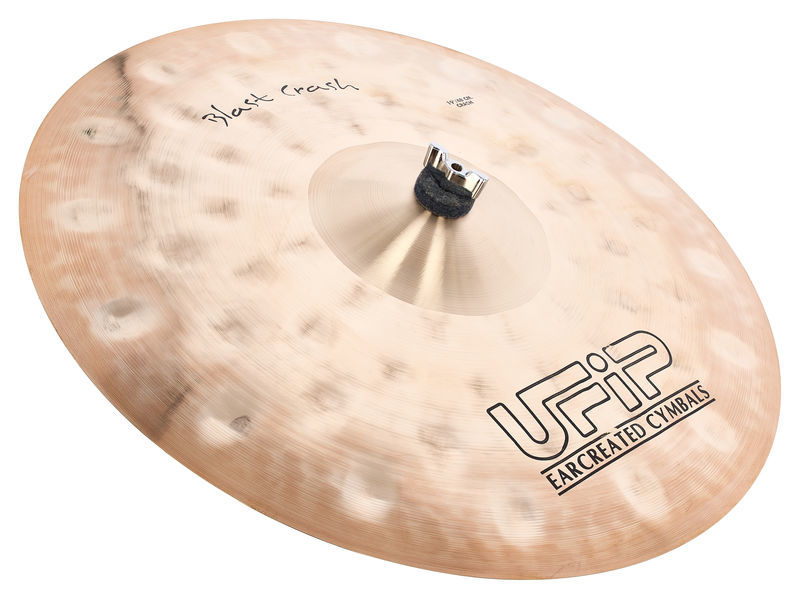 "Ufip 19"" Blast Series Crash"