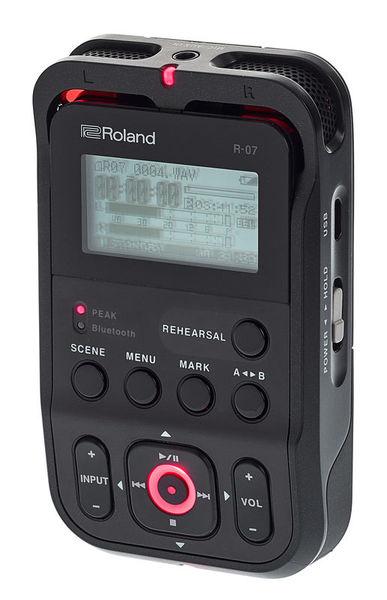 Roland R-07 black