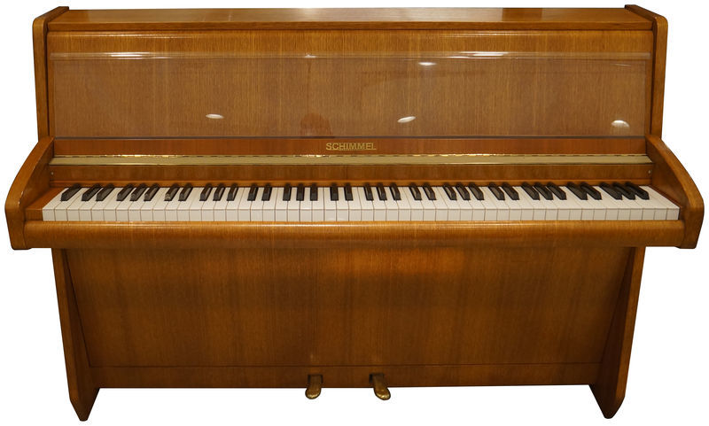 Schimmel Piano used, Oak