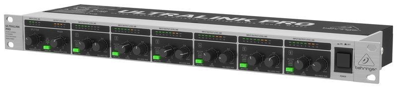 MX882 V2 Behringer