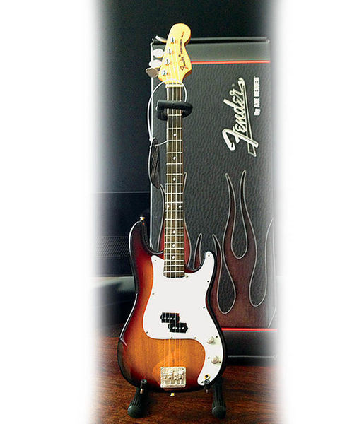 Axe Heaven Fender Precision Bass Sunburst