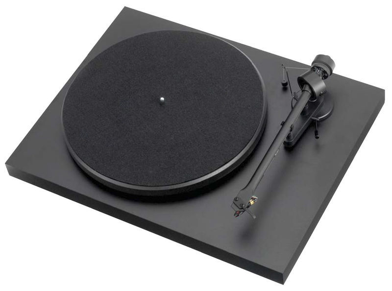 Pro-Ject Debut III matt black