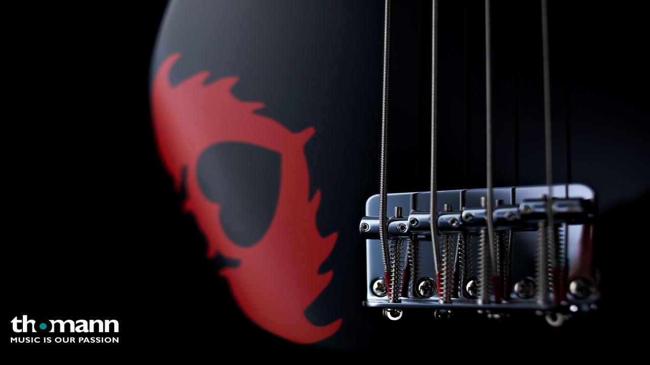 Fender SQ Pete Wentz Precision Bass B
