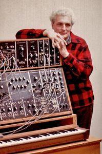 Założyciel firmy Bob Moog